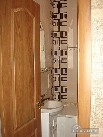 Уютная квартира, 2х-комнатная (19241), 003