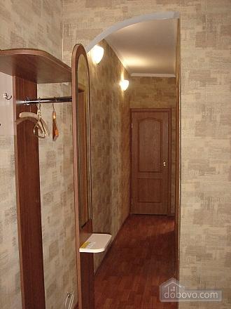 Уютная квартира, 2х-комнатная (19241), 004