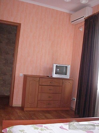 Уютная квартира, 2х-комнатная (19241), 006