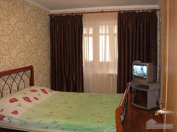 Уютная квартира, 2х-комнатная (19241), 007