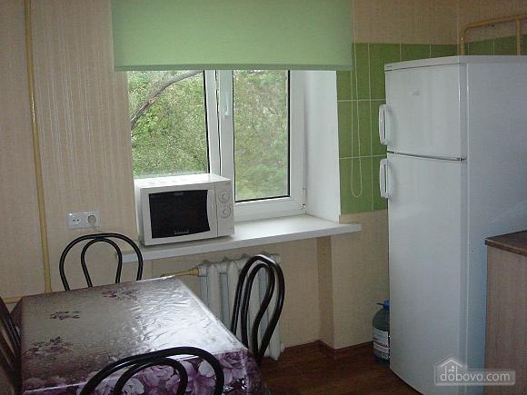 Уютная квартира, 2х-комнатная (19241), 009