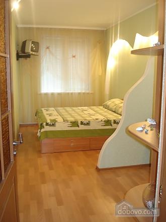 Квартира з євроремонтом, 2-кімнатна (86790), 002