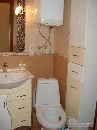 Квартира з євроремонтом, 2-кімнатна (86790), 011