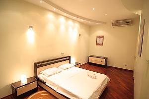 VIP, Deux chambres, 002