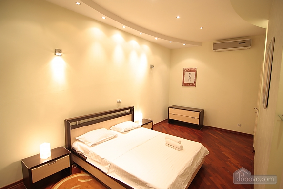 VIP, Two Bedroom (41955), 002