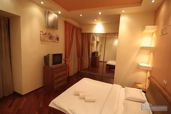 VIP, Two Bedroom (41955), 005