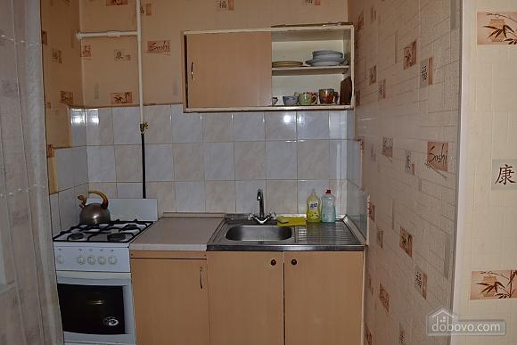 Чистая уютная квартира, 1-комнатная (64537), 003