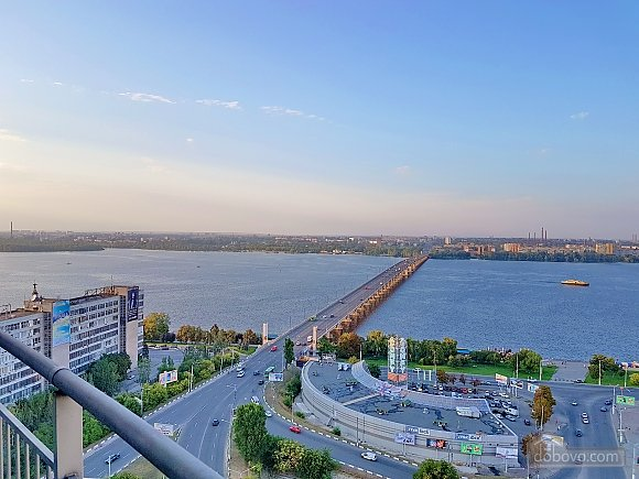 The best apartment in Most City with Jacuzzi and a view of the Dnieper River, Monolocale (43471), 025