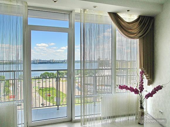 Апартаменти Весна в Мост-Сіті з балконом, 2-кімнатна (88503), 007