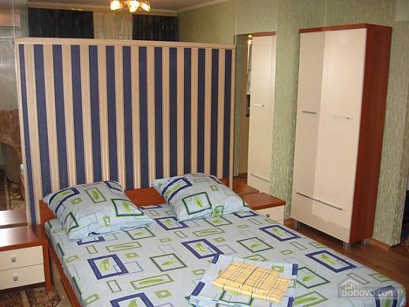 Зеленая Делюкс квартира в центре, 1-комнатная (88899), 002