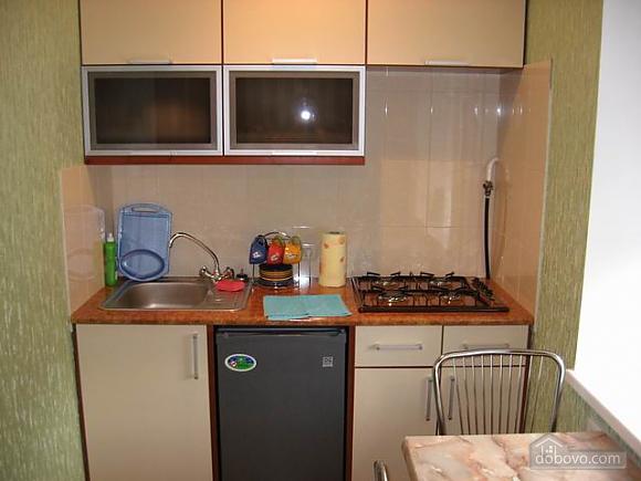 Зеленая Делюкс квартира в центре, 1-комнатная (88899), 003