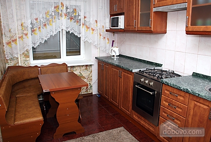 Cozy and nice apartment on Babkina, Two Bedroom (66778), 002
