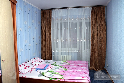 Cozy and nice apartment on Babkina, Two Bedroom (66778), 001