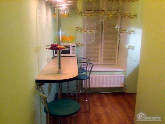 Квартира на Богдана Хмельницького, 1-кімнатна (89756), 001