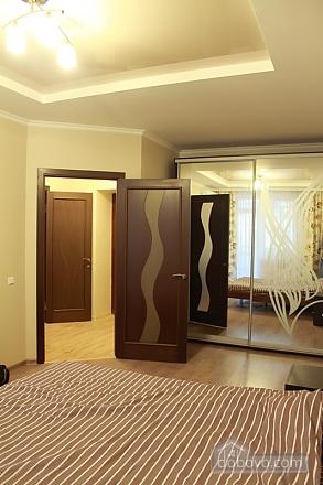 Квартира у Малиновському районі міста, 1-кімнатна (22273), 001