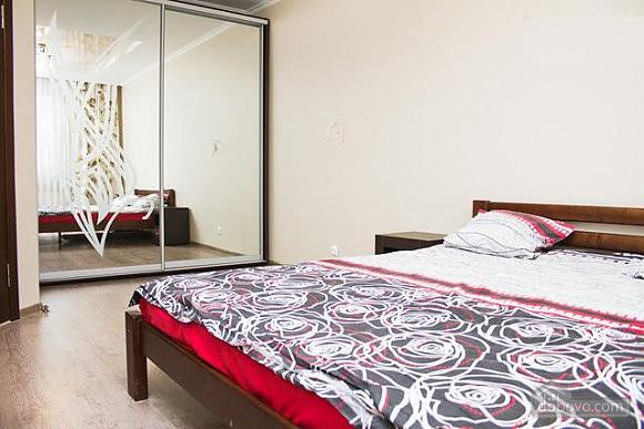 Квартира у Малиновському районі міста, 1-кімнатна (22273), 010