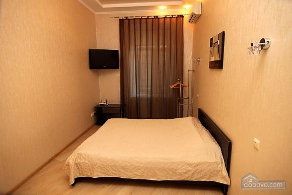 Apartment on Soborna, Studio (98769), 002