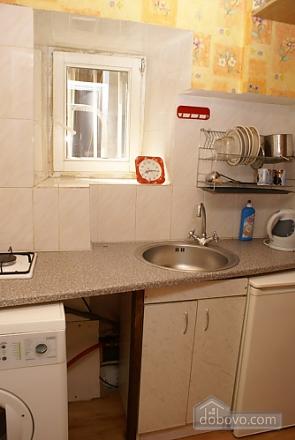 Квартира з балконом, 1-кімнатна (54659), 005