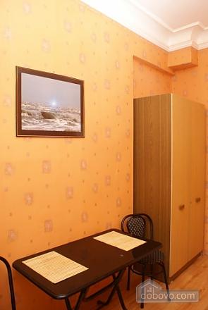 Квартира з балконом, 1-кімнатна (54659), 006