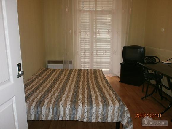 Квартира з балконом, 1-кімнатна (54659), 001
