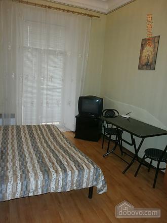 Квартира з балконом, 1-кімнатна (54659), 002