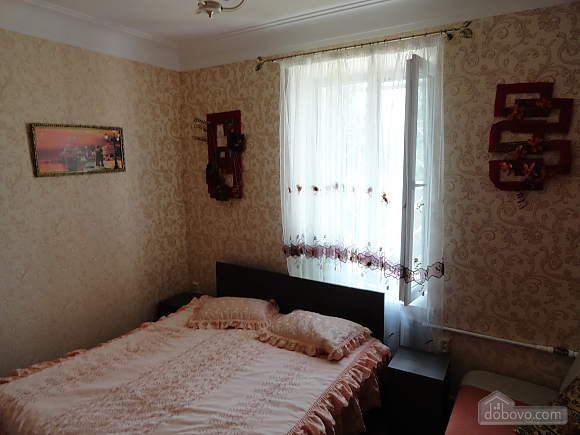 Apartment near the sea, Un chambre (90283), 002