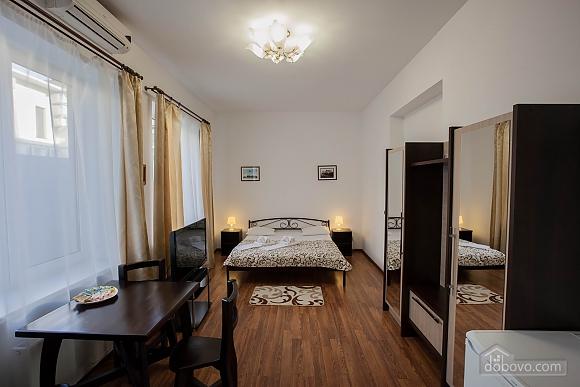 Апартаменти на Дерибасівській, 1-кімнатна (23064), 001