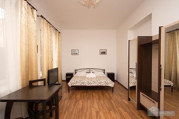 Апартаменти на Дерибасівській, 1-кімнатна (23064), 005