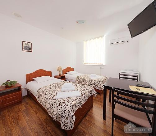 Современные апартаменты, 1-комнатная (45580), 002