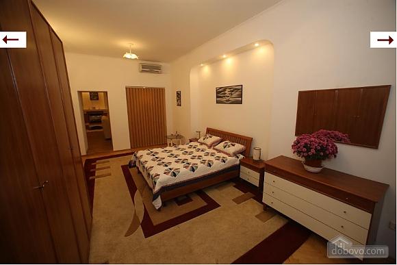 VIP apartment in the city center, Zweizimmerwohnung (23328), 005