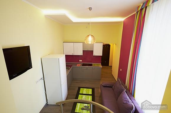 Апартаменты на Федьковича, 2х-комнатная (23921), 005