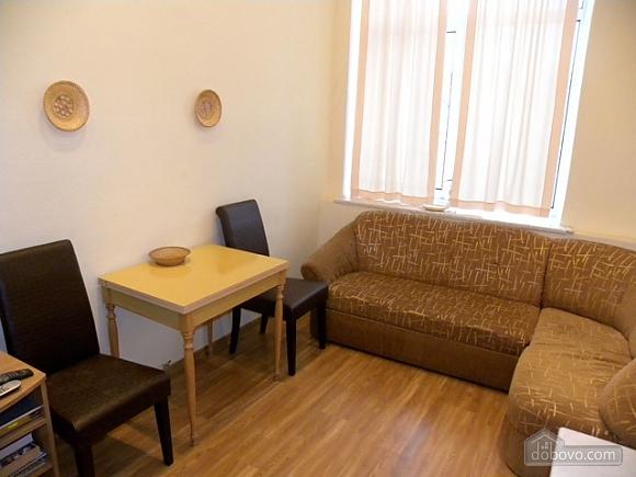 1bdm Khreschatyk , One Bedroom (91470), 003