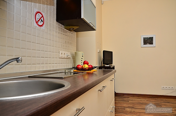 Квартира в центре столицы, 2х-комнатная (91733), 010