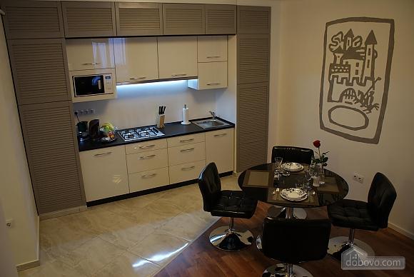 Квартира преміум-класу в центрі, 2-кімнатна (92195), 004