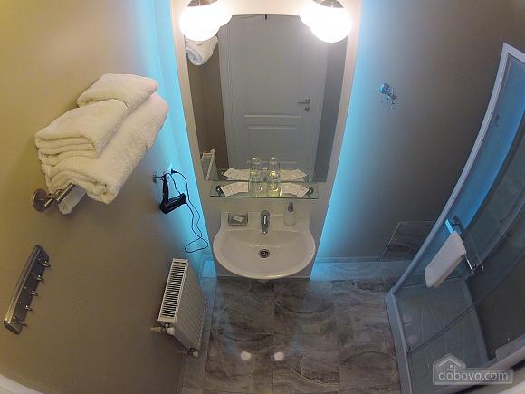 Квартира преміум-класу в центрі, 2-кімнатна (92195), 011
