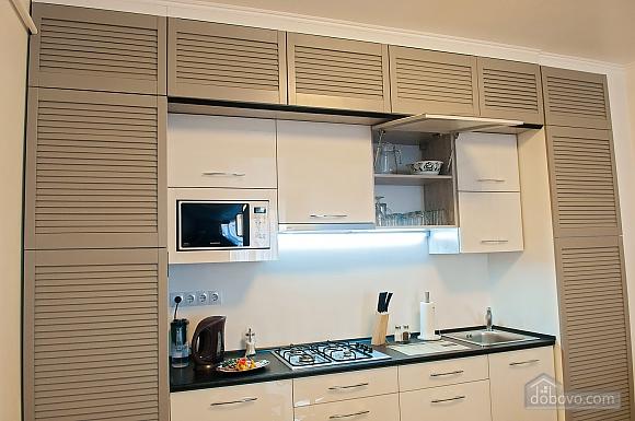 Квартира преміум-класу в центрі, 2-кімнатна (92195), 021