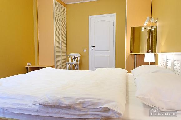 Квартира преміум-класу в центрі, 2-кімнатна (92195), 022