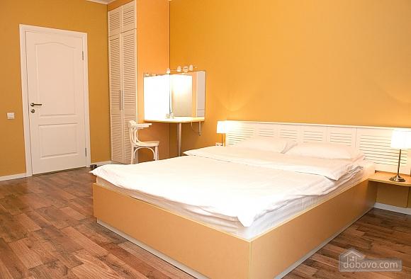 Квартира преміум-класу в центрі, 2-кімнатна (92195), 023
