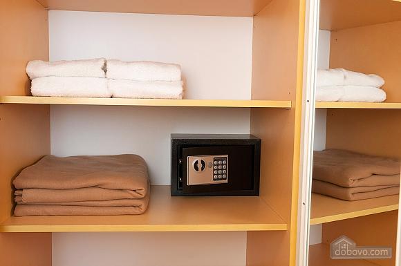 Квартира преміум-класу в центрі, 2-кімнатна (92195), 024