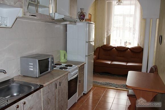 Apartment in the center of Odessa, Studio (92656), 002