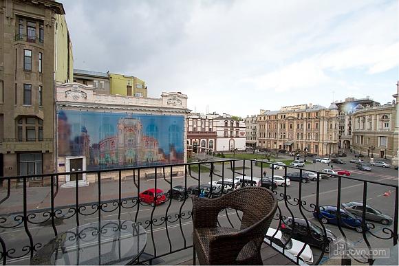 Вид на Оперный театр, 2х-комнатная (47756), 022
