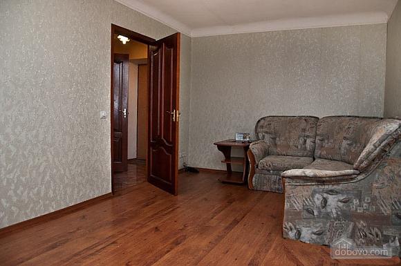 Apartment in Svyatoshyno District, Una Camera (48613), 003
