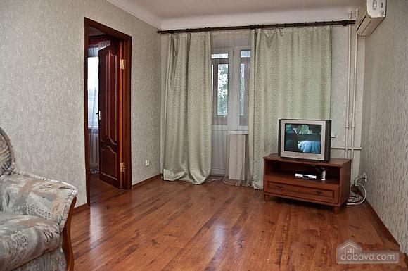 Apartment in Svyatoshyno District, Una Camera (48613), 005