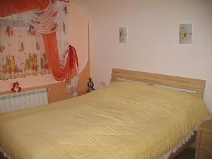 Квартира-студия в частном доме, 1-комнатная, 003