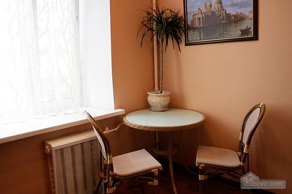 Красивая квартира в Центре Киева, 2х-комнатная (26822), 005