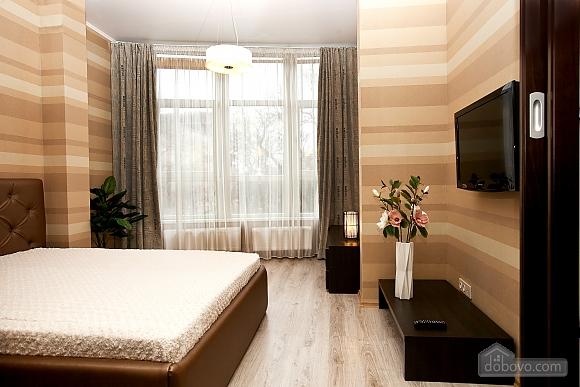 Квартира поряд із центром та Аркадією, 3-кімнатна (94436), 006