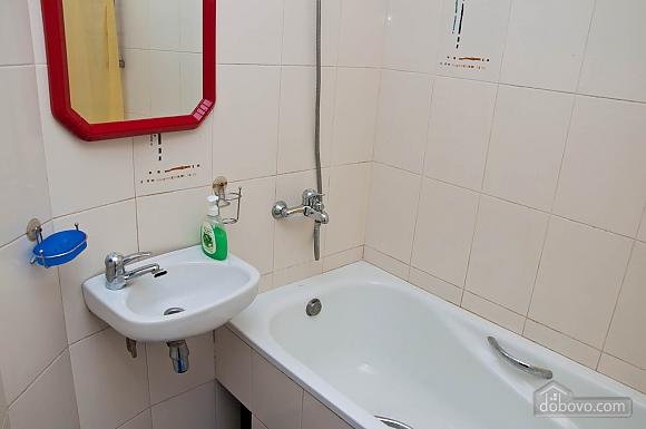 Біля метро КПІ, 2-кімнатна (27283), 013