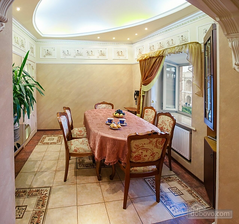 Apartment on  Deribasovskoy overlooking the Opera House, Deux chambres (95755), 013