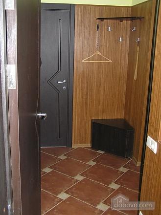 Квартира в центре возле метро Площадь Конституции, 3х-комнатная (51381), 005