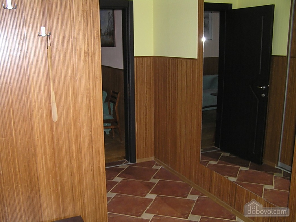 Квартира в центре возле метро Площадь Конституции, 3х-комнатная (51381), 007